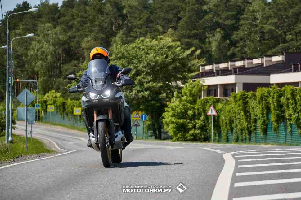 Тест-драйв Honda CRF1100D4L Adventure Sports 2020 –  часть 1: обкатка DCT - все нюансы